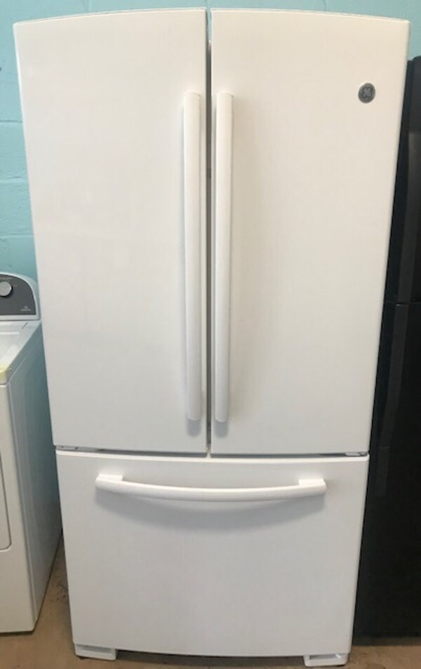 "GE 33"" French door freezer fridge 90 days warranty 9868c921-b323-4d02-a332-b956725d1b80"