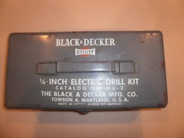VINTAGE BLACK AND DECKER 1/4 INCH DRILL WORKS