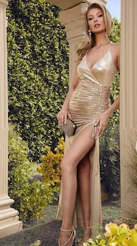 Gold Marciano Formal Gown Brampton, L6V 4L7