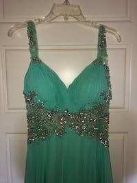 Turquoise lace gown 60 mi