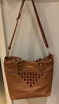 Brown tote bag Oakville, L6L 4X4