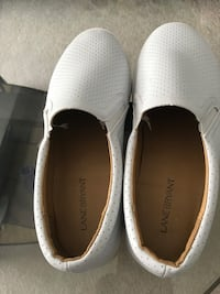pair of white slip-on shoes Bedford, B4A 4L1