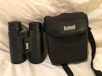 Like new 10X42 high end Bushnell binoculars with case  Vacaville, 95687