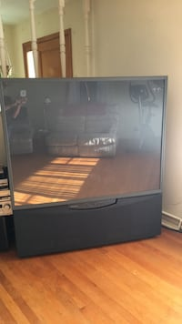 62 inch projection TV Hagerstown, 21742