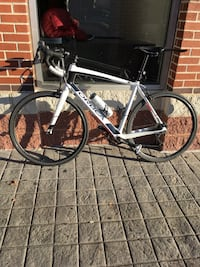 white and black road bike Hyattsville, 20782