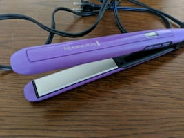 Remington Anti-Static Flat Iron