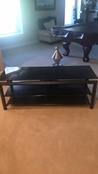 rectangular brown wooden 3-layer TV stand Adamstown, 21710