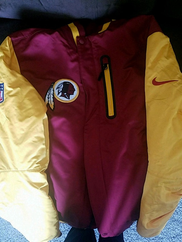 official photos 80196 51932 Redskins reversible coat