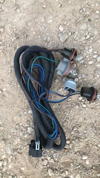 2004.  chevy silverodeo tail light wiring harness