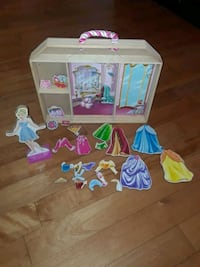 Magnetic doll with display case Zephyr, L0E 1T0