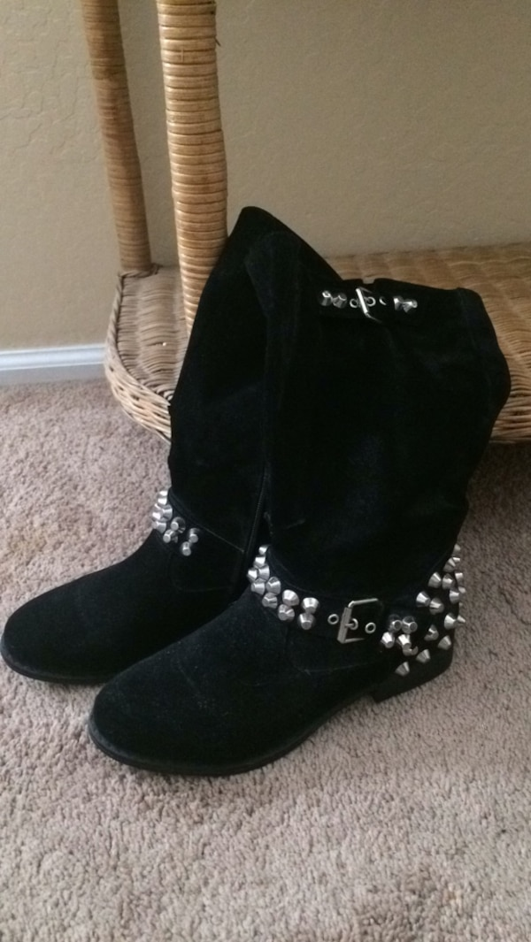 6be4a01bf687c Used black suede wide-calf biker boots with studs for sale in San Tan  Valley - letgo