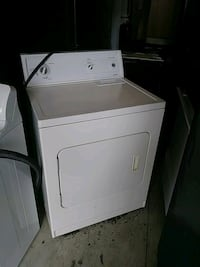 white front load clothes dryer Oxon Hill, 20745