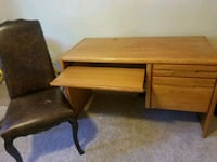 Real wood office desk Longmont, 80503