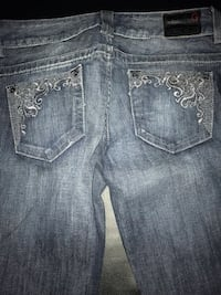 "Guess new with tags women's flare jeans embroidered pockets waist size 26"" Bakersfield"