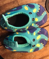 Kids water shoes - toddler size 3 Essex, 21221