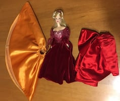 Barbie doll collector doll and clothes