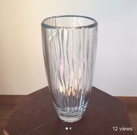 "14"" tall crystal vase, never been used Mississauga, L5M 2Y9"