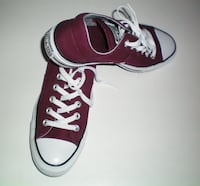 Converse Chuck Taylor All Stars Low Cut Size 8.5 Women or 6.5 Men London