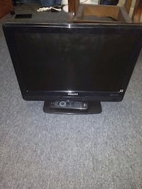 "Phillips 19"" lcd TV Akron, 44304"