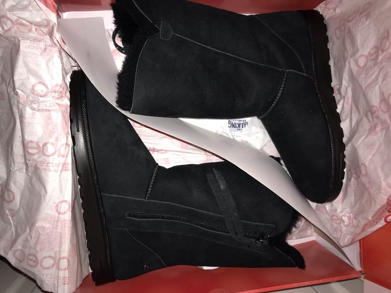 Abeo boots size 10  ee286a89-f9fe-41c1-a812-e2ff734595a7