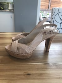 Pair of Nine West pink and white high heels Maple Ridge, V2X 8T3