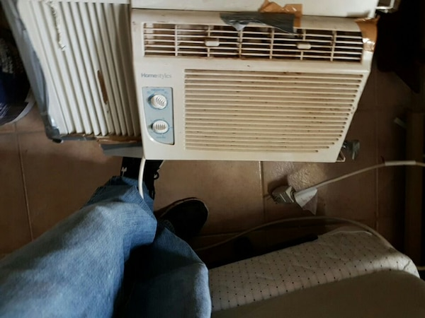 Used white room air conditioner for sale in Belleville - letgo