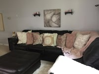 $700 Brown leather sectional in great condition with pillows