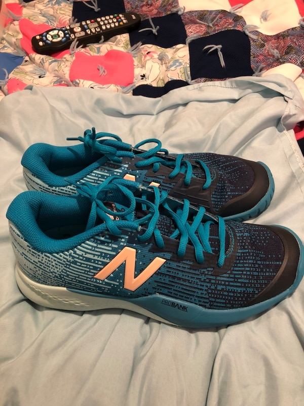 8d5157a78cff49 Used Women s New Balance Pro Bank - Size 9.5 for sale in Newton - letgo
