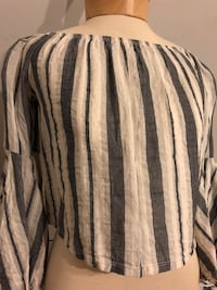 striped top Elmont, 11003