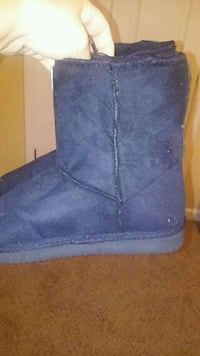 black boots new with 12.50 tags Rome, 30165
