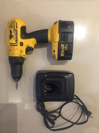 Dewalt Drill , 1 battery and 1 charger Hamilton, L8M 2W6