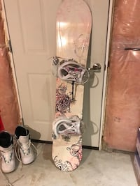 white and pink floral snowboard Oshawa, L1H