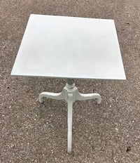 Robin egg blue chalk painted accent table