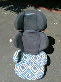 toddler's two black and blue car seats Federal Way, 98003