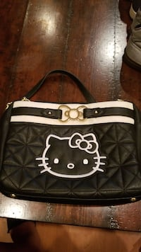 black and white leather shoulder bag Baldwin Park, 91706