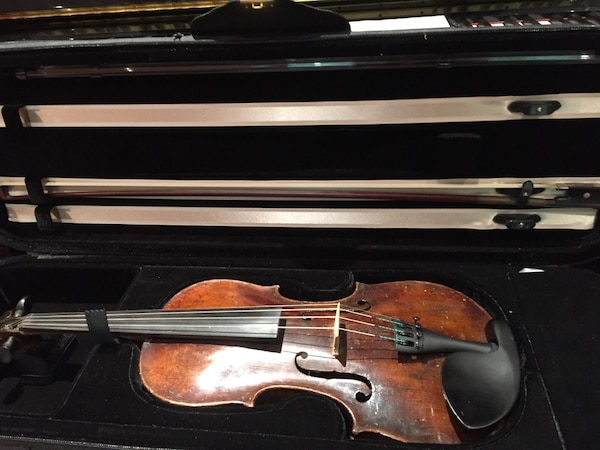 Old German violin with appraisal from House of Weaver. Pick up only. d6ea0f08-add3-4db6-9868-b4bd4c549174