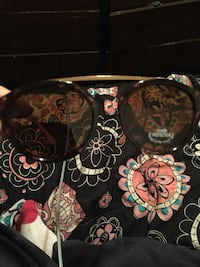 New sunglasses with tags will on Leonardtown, 20650