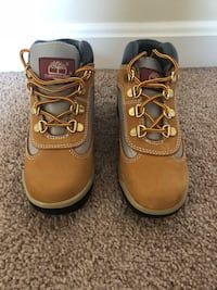 Youth Timberland field boots size 13. NEVER WORN! 56 mi
