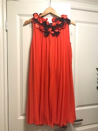 women's red sleeveless dress Toronto, M8Z 3A3