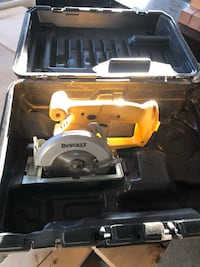 DeWalt 14.4 volt circular saw with case and charger (no battery) Gainesville, 20155