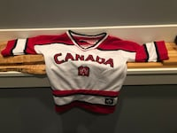 Child's CANADA jersey