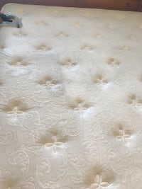 Mattress cleaning service Whitby, L1P 1A1