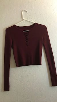 women's maroon long-sleeved shirt Bell Gardens, 90201