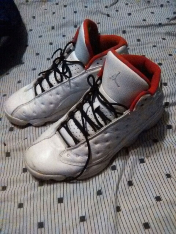 Used pair of white-and-red Air Jordan 13 for sale in Jonesboro - letgo 0bb026155a9b4