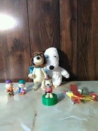 Peanuts and snoopy collectibles District Heights, 20747