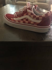pair of red-and-white low top sneakers Katy, 77494