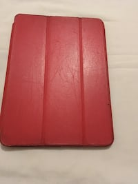 red leather bi-fold wallet London, E14 8RH