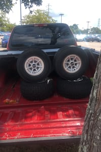 Club car golf cart rims,hubcaps and tires Friendswood, 77546