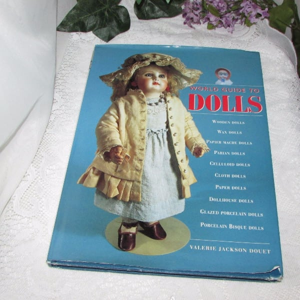 World Guide to Dolls Used Book Doll Collecting