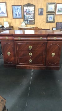Brown Mahogany Buffet Frederick, 21703